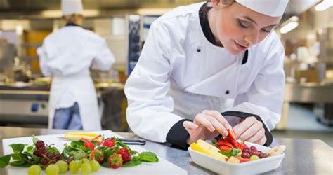 metier autour de la cuisine focus sur le métier de cuisinier