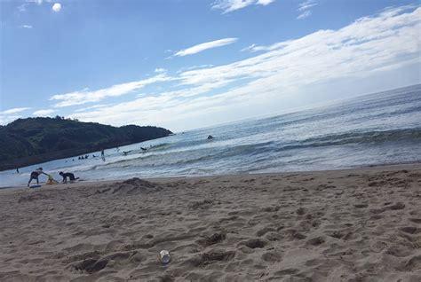 Premi res vacances avec ma copine - Histoire
