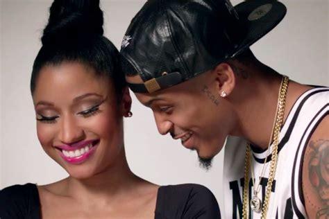 No Love Feat. Nicki Minaj