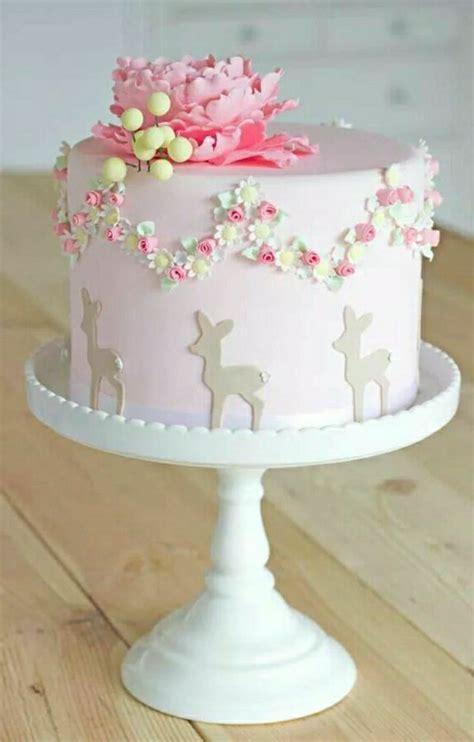 deco gateau anniversaire fille idee decoration gateau anniversaire fille id 233 es de d 233 coration et de mobilier pour la
