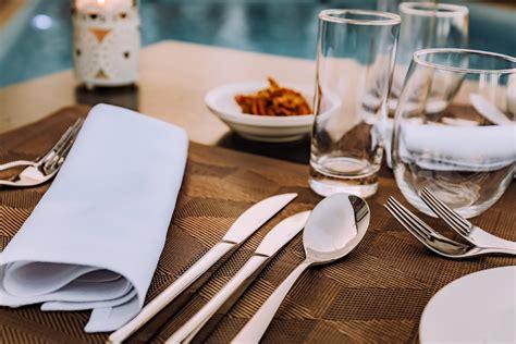 dinnerware flatware