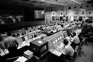 Apollo 11 Mission Control Team - Pics about space