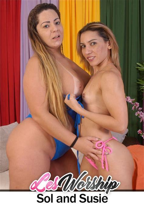 Curvy Latina Lesbian Picks Up Hot Milf At The Beach For
