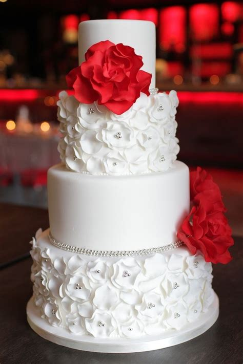 Red White And Silver My Wedding Ideas Wedding Cake
