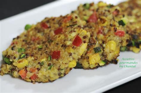 cuisiner quinoa galette de quinoa aux petits légumes cuisine légumes et