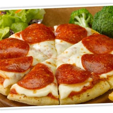 RED'S PIZZERIA PIZZA - Red Robin Gourmet Burgers, View ...