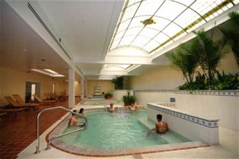 return   quapaw bathhouse hot springs national park