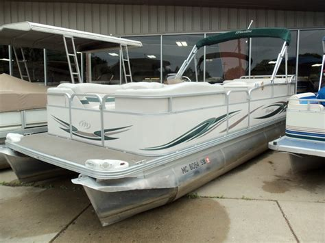Manitou Pontoon Boat Mooring Cover by Manitou 22 F2 Oasis Pontoon Boats Used In Fenton Mi