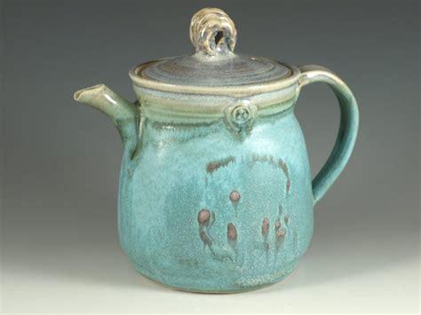 Best 25+ Pottery Teapots Ideas On Pinterest