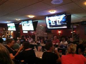 Finna's Tavern, Kingston Restaurant Reviews & Photos