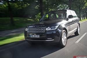 Land Rover Jaguar : jaguar land rover in sight of reaching 400 000 annual sales gtspirit ~ Medecine-chirurgie-esthetiques.com Avis de Voitures