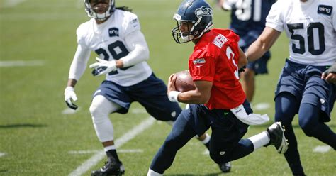 seahawks offseason report ready   title run