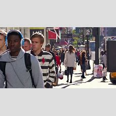 Group Of Hip Young People Walking In Midtown Manhattan, New York City Nyc 4k Uhd Stock Video