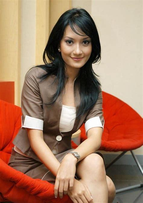 Artika Sari Dewi Beautiful Puteri Indonesia 2004 ~ Fhoto