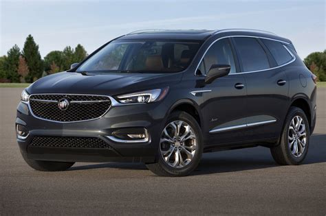 2018 buick enclave avenir revealed gm authority