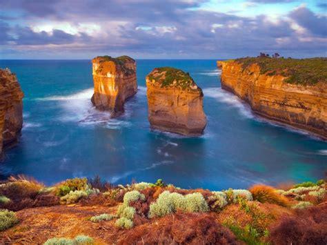 great ocean road  victoria australia coastal landscape