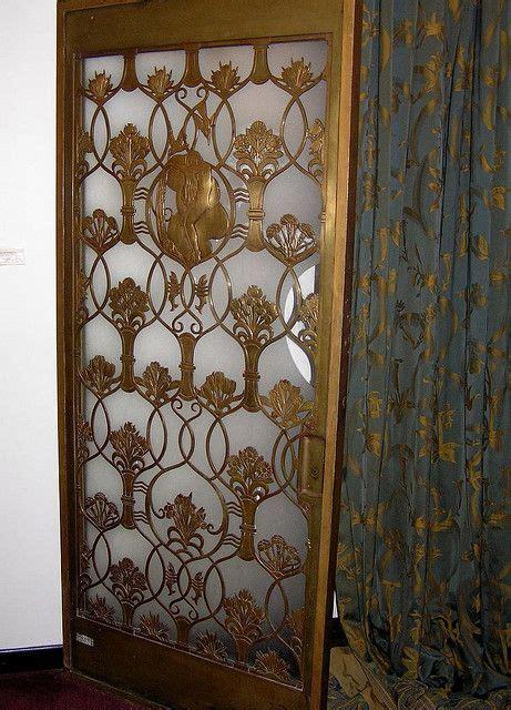 bronze door queen mary cunard art deco design today