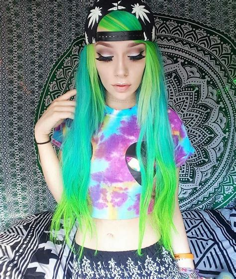 25 Green Hair Color Ideas You Have To See Page 15 Of 25