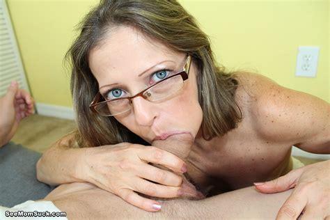 Mature Sex Older Woman Deep Throat Blowjob