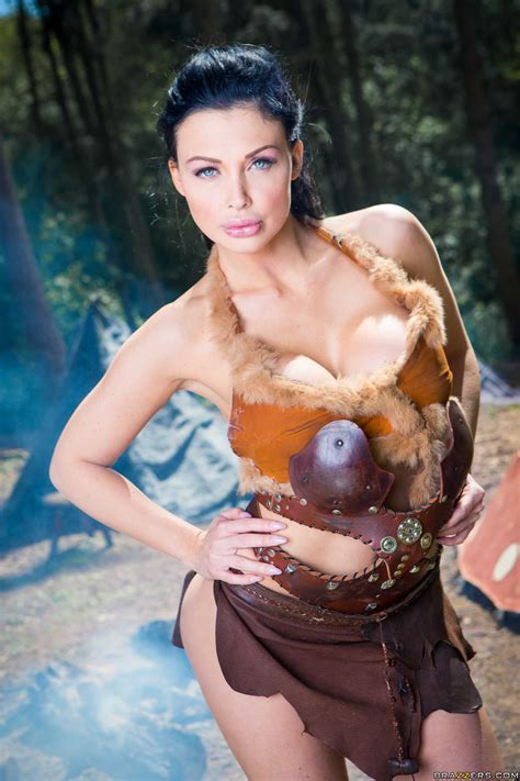 Gorgeous Brunette Is Posing In The Forest Photos Aletta