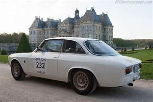 Alfa Romeo Dijon : alfa romeo giulia 1600 gta chassis ar613733 driver charles nearburg james king 2014 ~ Gottalentnigeria.com Avis de Voitures