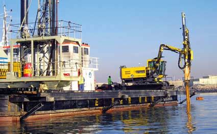 Underwater drilling at Leixoes - Mining & Construction online
