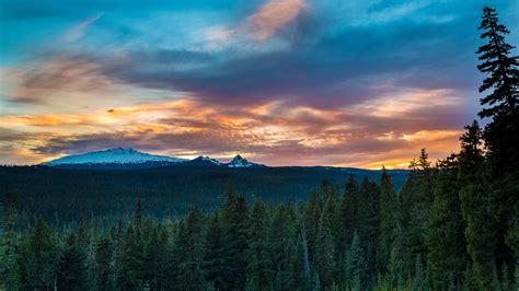 Diamond Peak Sunset Oregon 4K Ultra HD Desktop Wallpaper