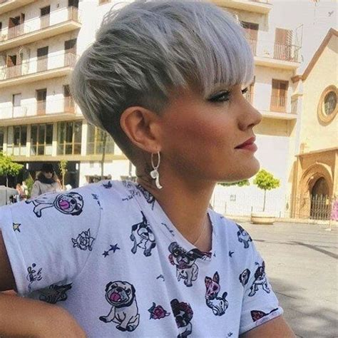 10 Stylish Simple Short Hair Cuts for Ladies - Easy Short ...