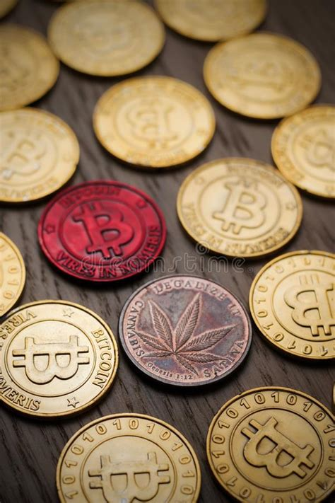 One of the most common types of payment options that almost all marijuana seed banks offer is through the use of bitcoin. Bitcoin and marijuana coin stock image. Image of leaf - 104390227