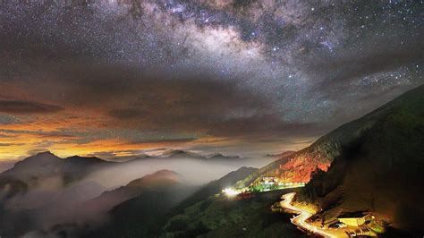 Milky Way Over The Mountain Road Wallpaper