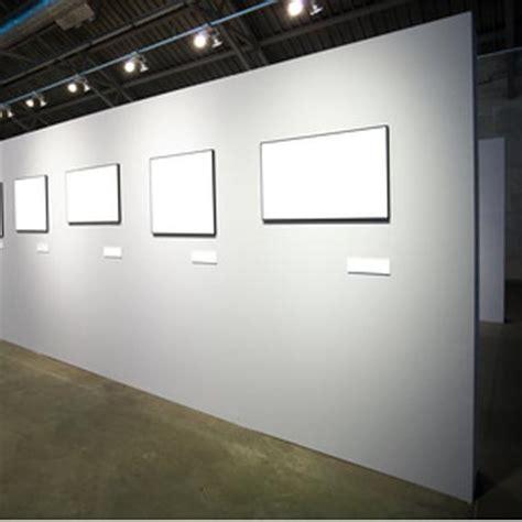 fixer un cadre au mur fixer cadre mur beton 28 images cadre de tableau sur le mur en b 233 ton photos stock image