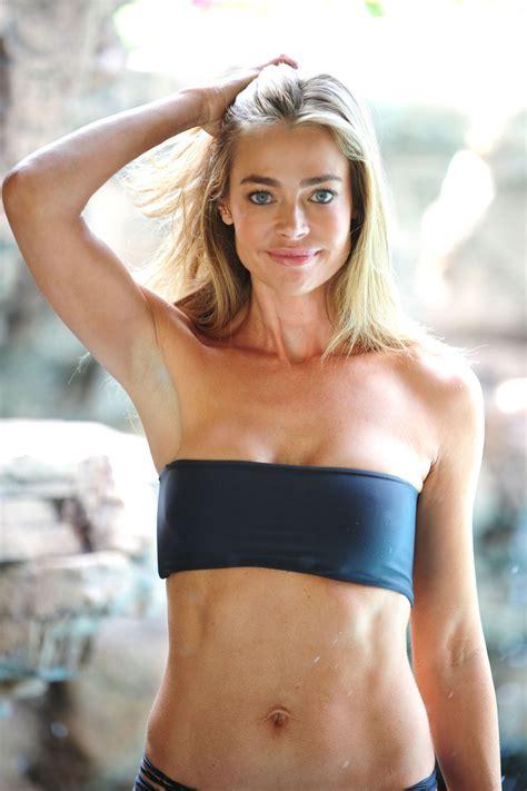 denise richards bikini photoshoot    fabzz