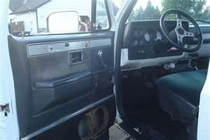 1984 Chevy Silverado 1500 Short Box  4x4  Lifted On 35 Inch Tires Amazing Metal