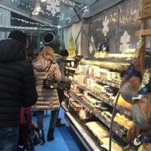 alimenti confezionati mozzarelle formaggi salumi rincari in vista per gli