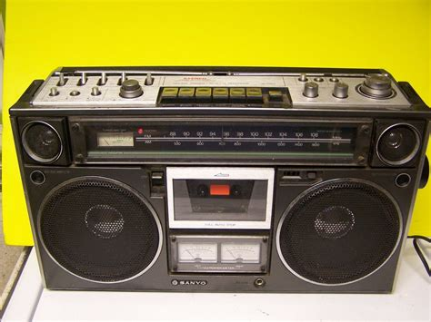Cassette Player Boombox by Vintage Sanyo Boombox M9994 Cassette Player Ready To
