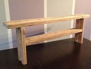 Fabriquer Un Banc D Interieur : banc en bois de palette amazing petit banc en palette pour une ou deux personnes sur le fond d ~ Melissatoandfro.com Idées de Décoration
