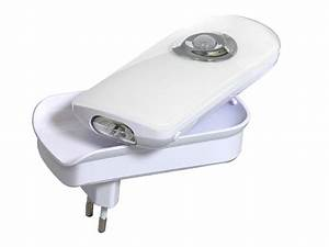 Nachtlicht Mit Steckdose : praktische led steckdosenlampe nachtlicht notlicht ~ Watch28wear.com Haus und Dekorationen