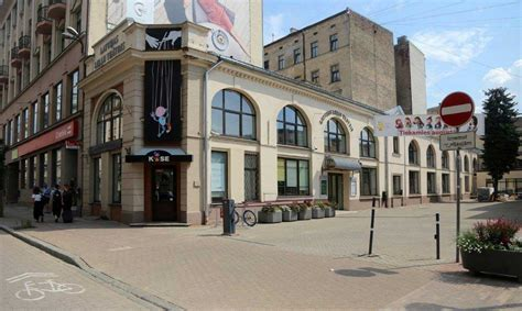 Latvijas Leļļu teātris darbību ēkas remonta laikā turpinās ...