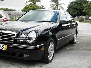 1997 Mercedes - Benz E420 Base Sedan 4