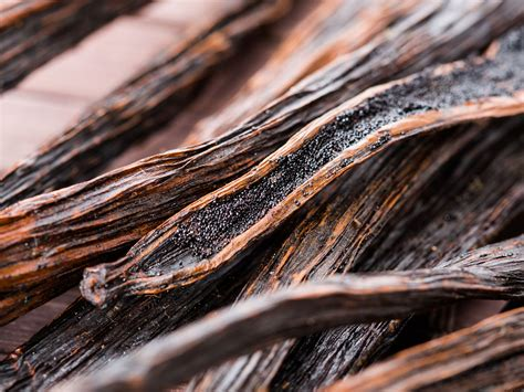 Hey Chef, What Can I Do With Vanilla Beans?