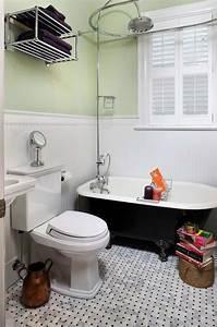 Amenagement Salle De Bain : baignoire de couleur pour relooker et embellir votre salle ~ Dailycaller-alerts.com Idées de Décoration