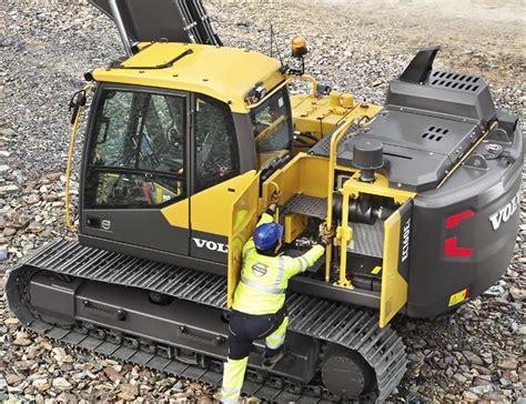 volvo ce intros ec160e excavator with power fuel efficiency boosts
