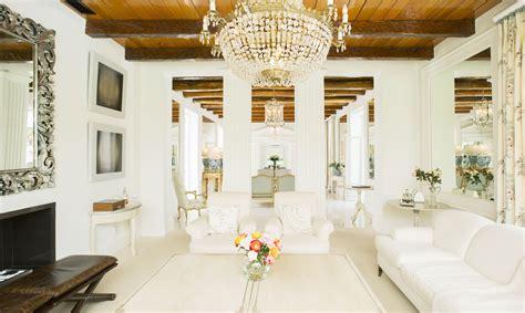 formal style decorating   elegant home