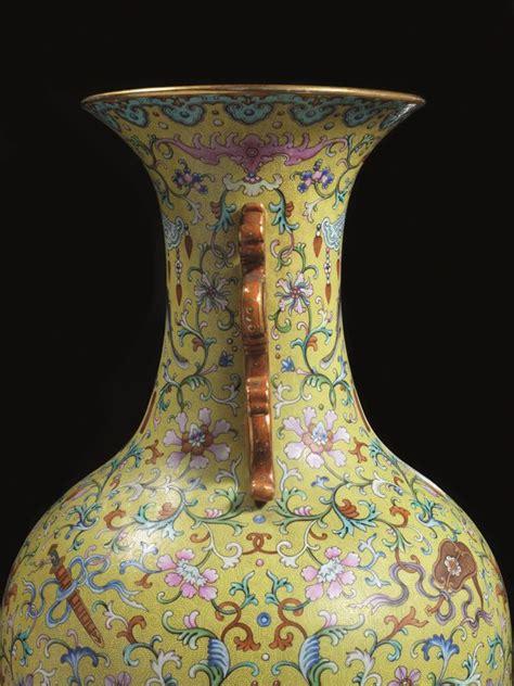 vasi cinesi valore vaso cina dinastia qing sec xix arte orientale asta
