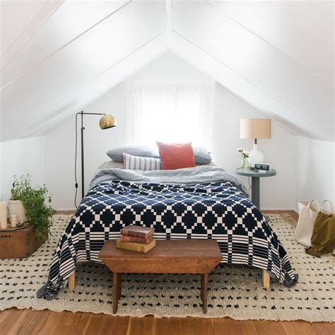 Summer Coverlet by Winter Summer Cotton Coverlet Schoolhouse