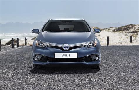 Toyota Auris E Auris Touring Sports Facelift 2015 Toyota