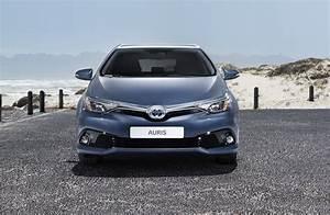 Toyota Auris 2015 : toyota auris e auris touring sports facelift 2015 toyota autopareri ~ Medecine-chirurgie-esthetiques.com Avis de Voitures