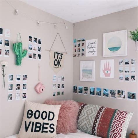 Best 25+ Polaroid Wall Ideas On Pinterest  Room Lights