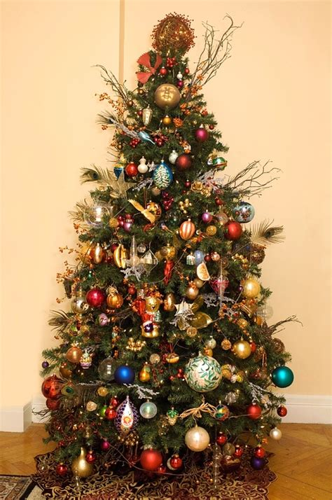 Decorating Trees by Altogetherchristmas Trees