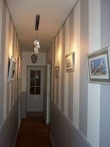 Idée Déco Couloir Sombre : papier peint couloir troit ~ Melissatoandfro.com Idées de Décoration